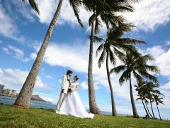 ハワイ 1日完結挙式(ビーチウェディング) ビーチフォト付きプリンセスパッケージ(挙式・撮影・衣装・メイク)