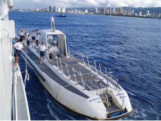 Atlantis submarine waikiki undersea adventure from hilton pier