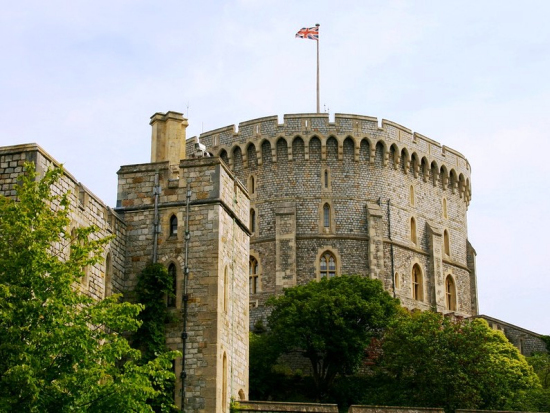 Windsor castle half day tour from london london tours travel from london to windsor castle by a comfortable coach with complimentary pick up from your hotel with an entry ticket included you will see for solutioingenieria Image collections