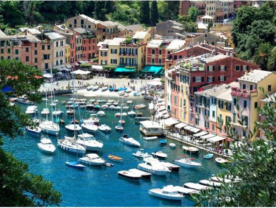 海運都市ジェノヴァ + リヴィエラの町ポルトフィーノ日帰り観光ツアー<4~10月> | イタリア(ミラノ)旅行の観光・オプショナルツアー予約 VELTRA海運都市ジェノヴァ + リヴィエラの町ポルトフィーノ日帰り観光ツアー<4~10月> | イタリア(ミラノ)旅行の観光・オプショナルツアー予約 VELTRA