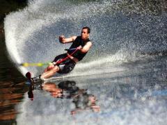 ハワイカイ マリンスポーツツアー(水上スキー/ウェイクボード) by サウス・パシフィック・ハワイ