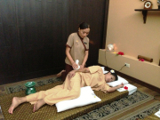 Royal Thai Massage with Herbal