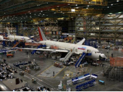 787 Assembly Line lr_s (Small)