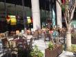 グランフロントのオープンカフェ