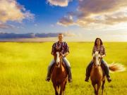 couple_horse