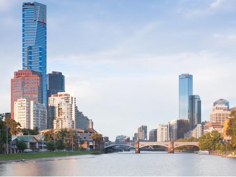Melbourne Yarra River Skyline (ANY CITY TOUR)