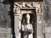 聖ヴラホ像