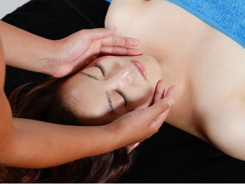 世界遺産グリーン島 オイルマッサージ by Oiled Massage Salon