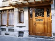 美しいアールヌーヴォー様式の入口