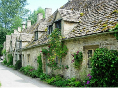 IFSPIRES Cotswolds village