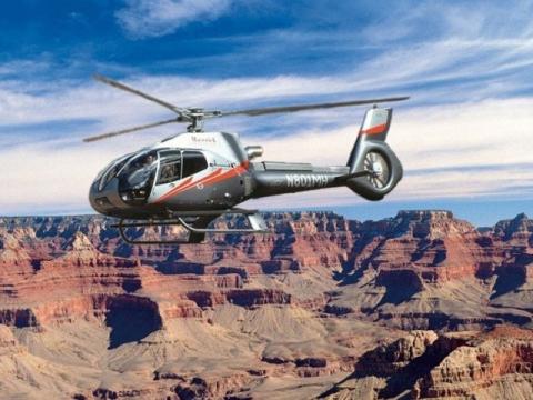 ヘリコプター/セスナ大自然遊覧飛行