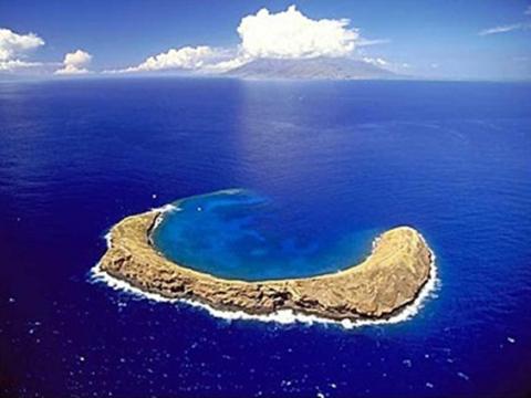 モロキニ島シュノーケル
