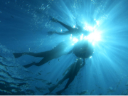snorkeling onna