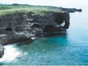 Manza Cape