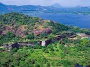 バワ建築カンダラマホテル