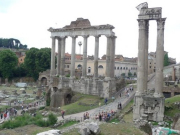 IT_ROME_AM FORO ROMANO WALKING_Foro Romano_2011