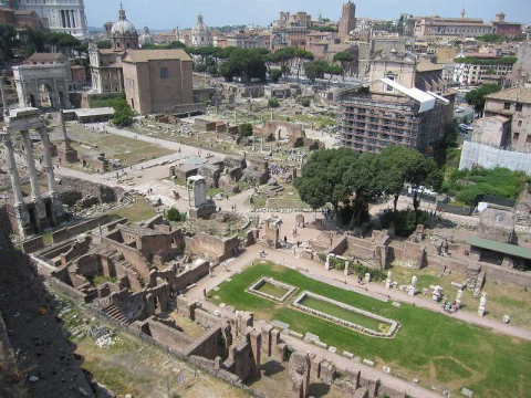 IT_ROME_AM FORO ROMANO WALKING_Palatino4_2011