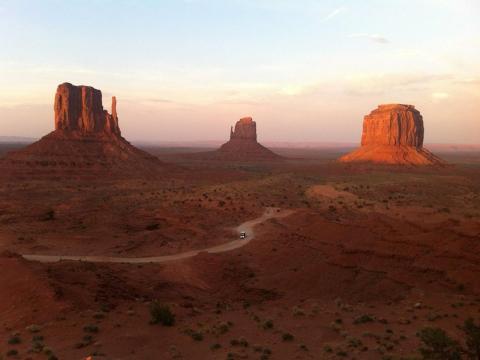 アメリカの大自然&国立公園ツアー