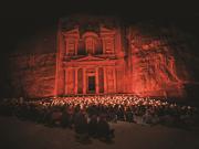 Petra-by-night-Kin-extra