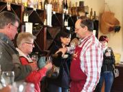 Loire_Nitray Wine Pour