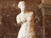 Louvre_Venus di Milo crop