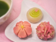 Spring seasonal sweets in Kyoto