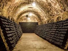 rcm-01-cave-champagne_1