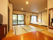 品の木 【本棟】1階露天風呂付大型和室