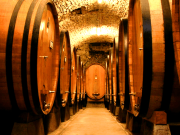 2013-11-6 11.40.6.749---new2013_Large_botti_size_oak_barrels_in_Chianti---wiki