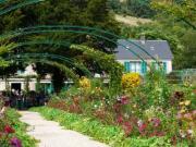 gi-05-giverny-gardens-pond