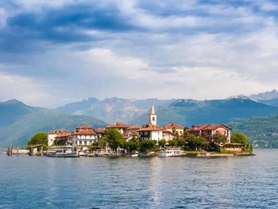 Lake maggiore stresa isola bella and isola dei pescatori for Stresa lake maggiore