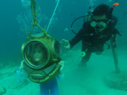 20150703024522_402490_Helmet_diving_(2)