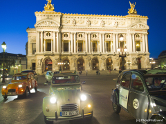 2CVs by night Place de l'Opera 4RouesSous1Parapluie 2