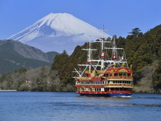 mt fuji winter snow and sightseeing bus tour from