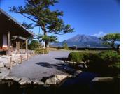 御殿と桜島