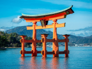 The floating torii gate of Miyajima