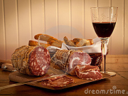 Irpinia Tour glass-wine-salami-home-made-bread-19193743