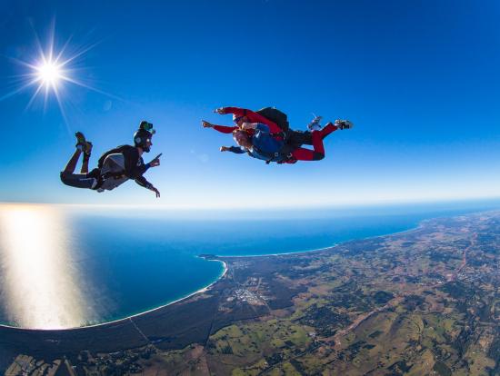 「スカイダイビング」の画像検索結果