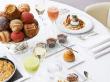 hotel_plaza_athenee_-_brunch_haute_couture_6_-_hr_c_studio_des_fleurs