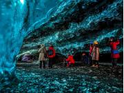2000x1333_ice_caves_crystal_cave_gallery_4_einarolafurmatthiasson-1024x682
