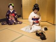 24_6_2016 Kyoto Maiko 1_1 cropped