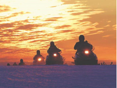 Snowmobile_excursion_by_Lapland_Safaris_16