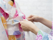 Yukata dressing cropped