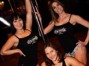 stripper01