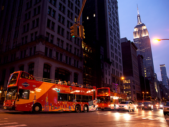 Double decker bus city lights tour new york tours for Fun activities to do in new york city