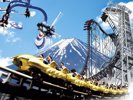 mt fuji onsen and fujiq highland two day tour from tokyo