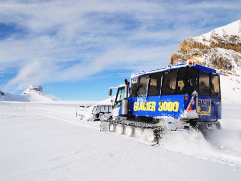 ktg321_Snow_Bus_600x400