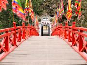 Huc Bridge from the Ngoc Son Temple_521781394