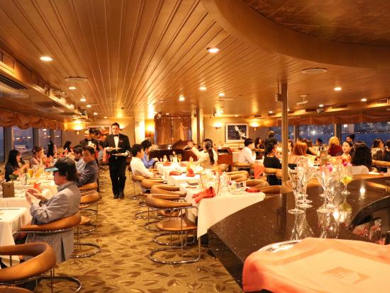 Star Of Honolulu Waikiki Sunset Dinner Cruise With Live