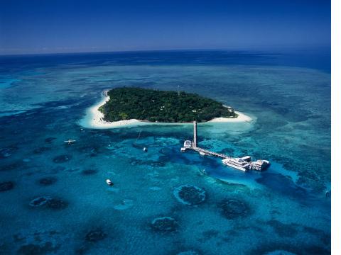 gagi-tour-green-island-cairns-05